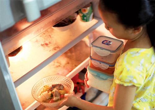 vì sao phải để thực phẩm nguội vào tủ lạnh ảnh 3