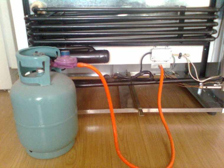 dấu hiệu báo hiệu tủ mát cần thay gas