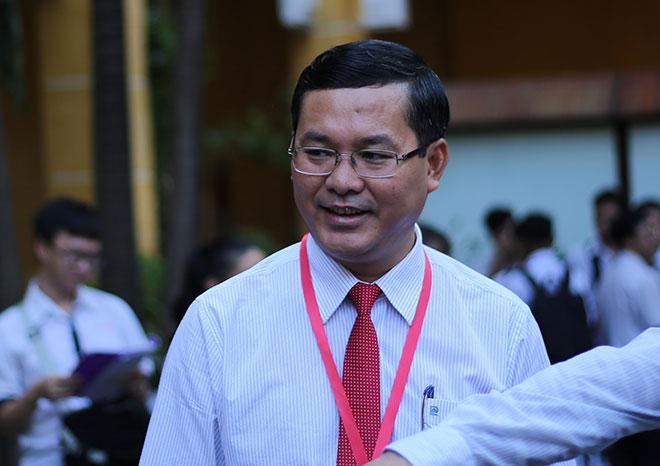 Thứ trưởng Nguyễn Văn Phúc kiểm tra tại điểm thi THPT Trưng Vương