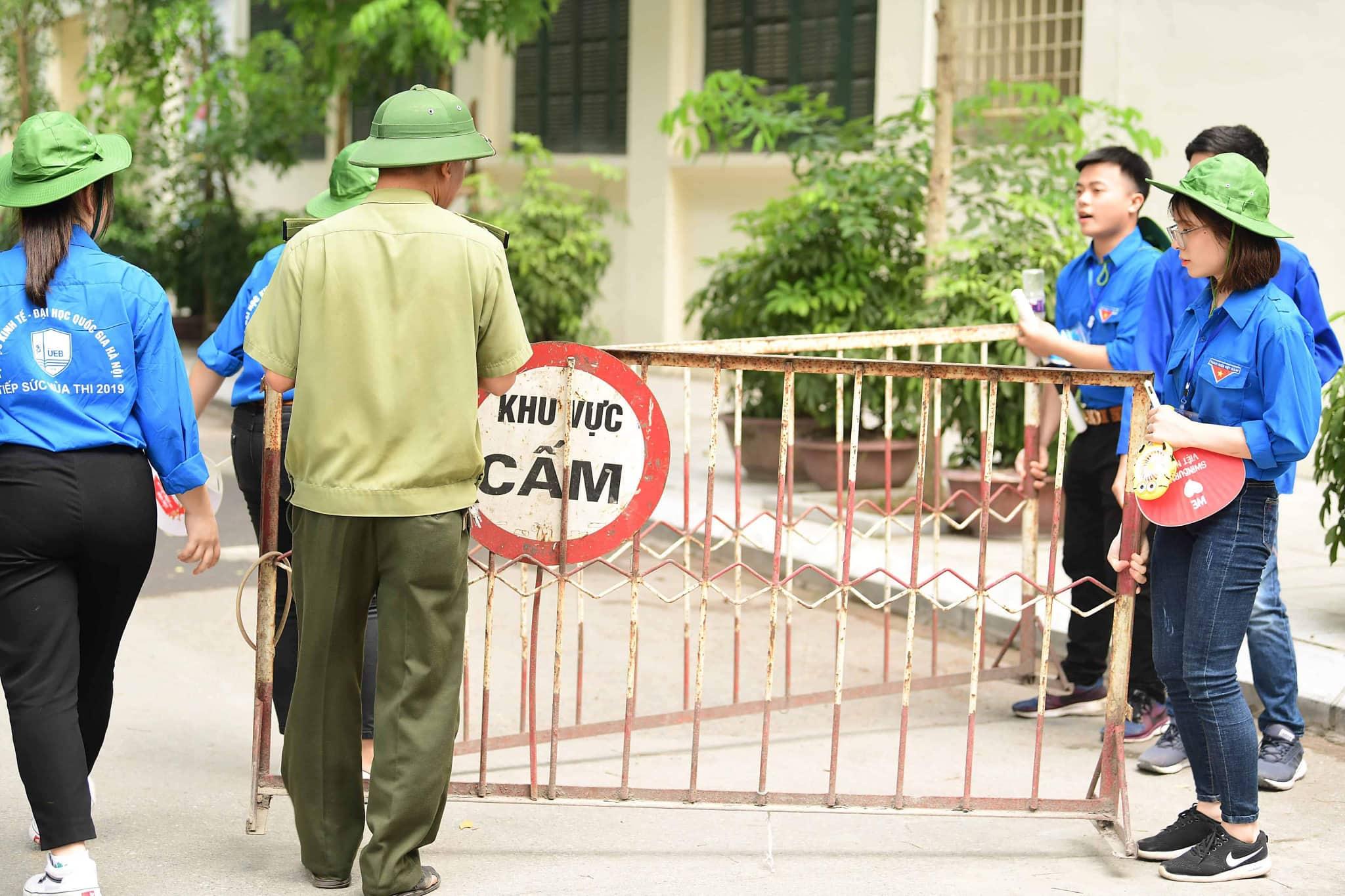 Thi THPT Quốc gia: Nội bất xuất, ngoại bất nhập